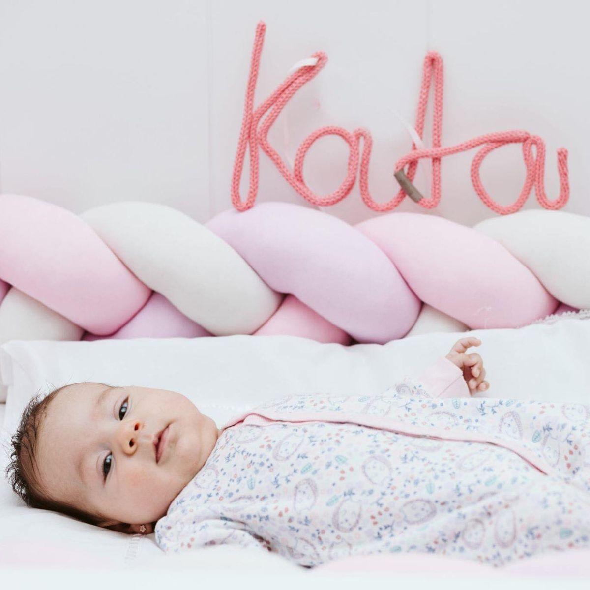 Prima vizită la un nou-născut: ce cadou să alegem